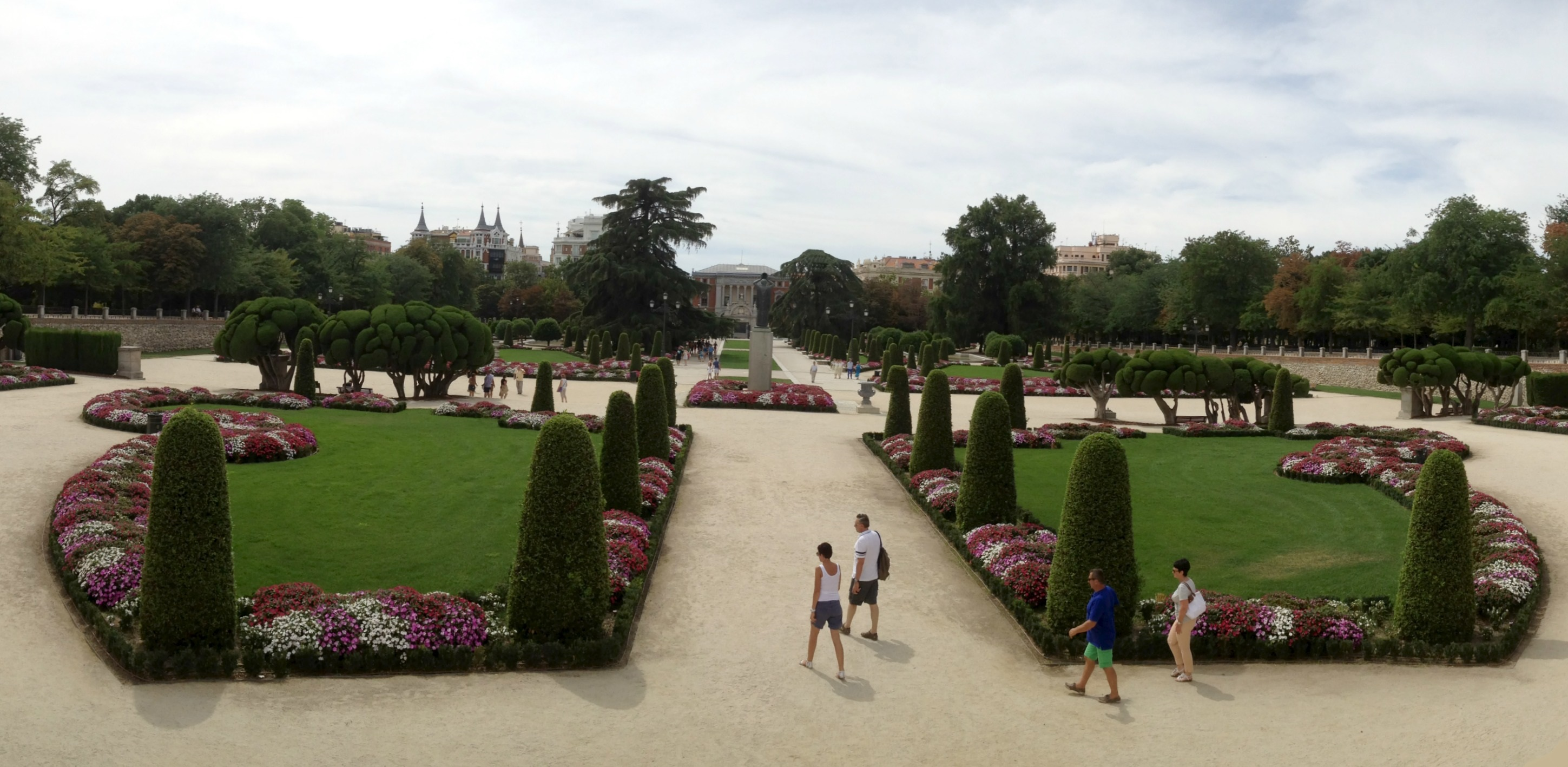 Top 5 must dos in madrid house of wend for Jardin botanico madrid precio