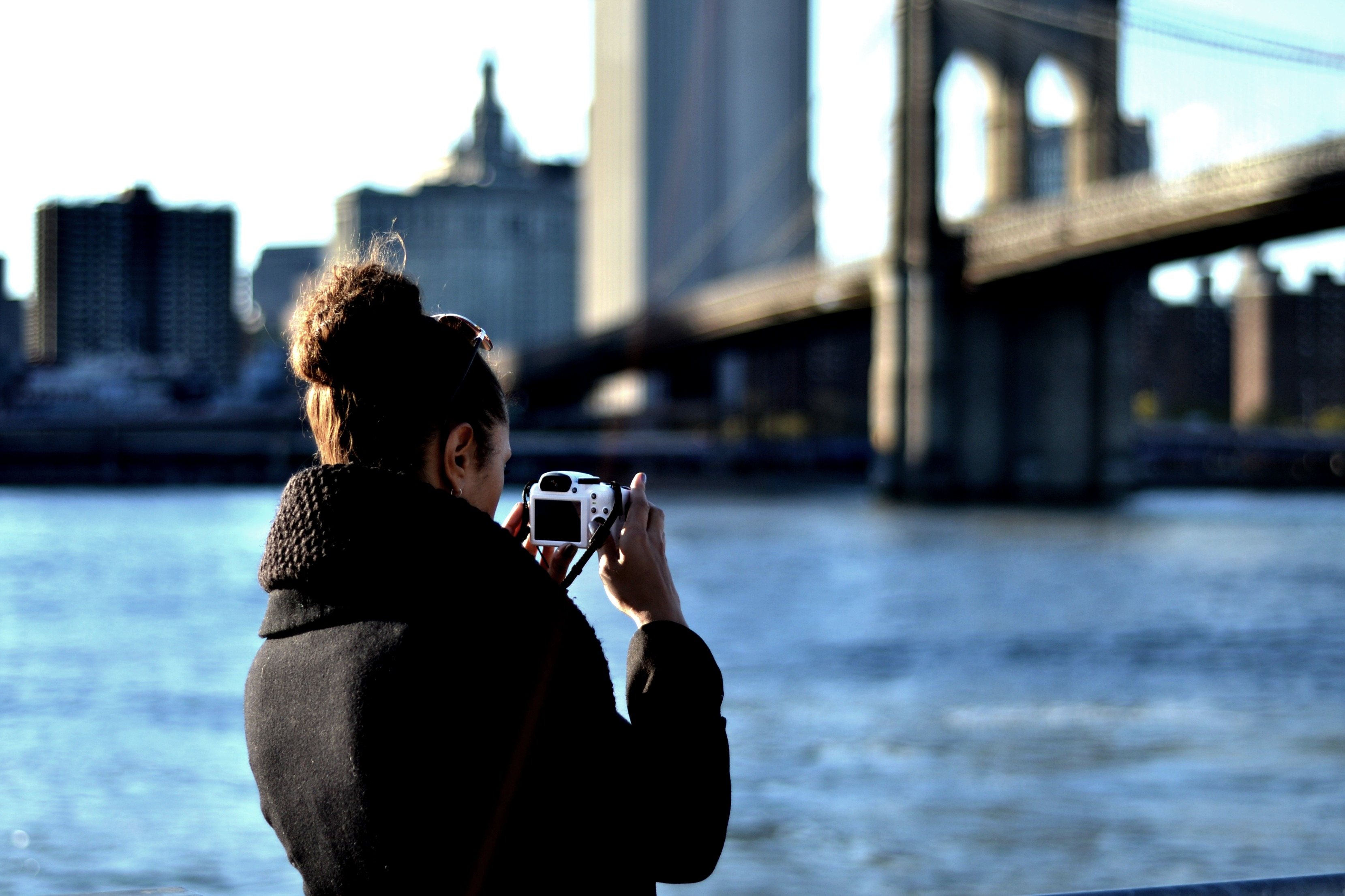 Taking photos in Dumbo Park3