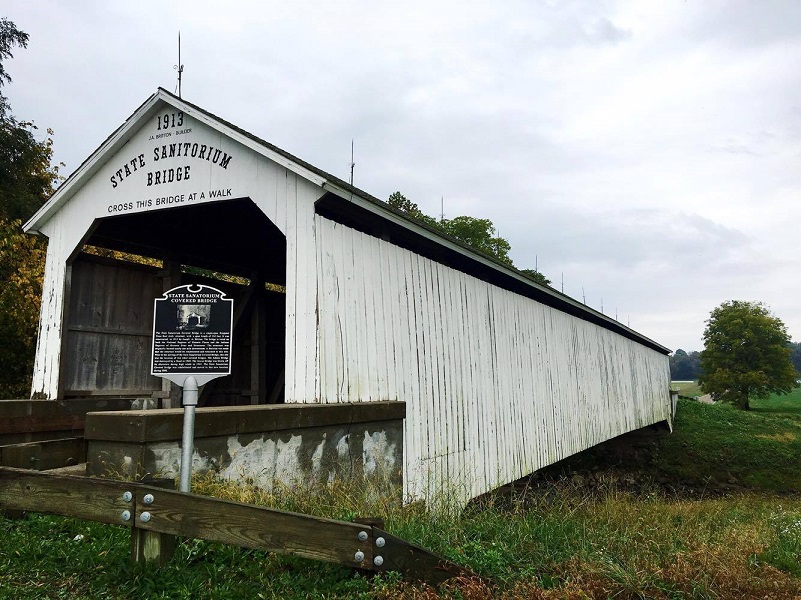a-guide-to-the-parke-covered-bridge-festival-5