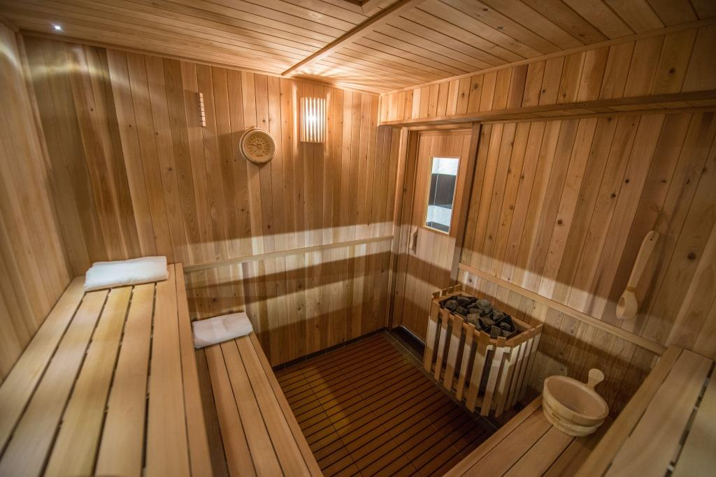 What to expect when visiting a traditional russian sauna - How to make steam room in your bathroom ...